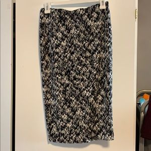 Vince Camuto slinky skirt in black and white